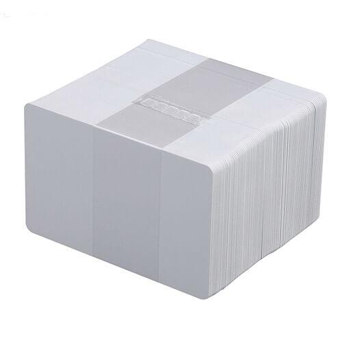 Hvite plastkort